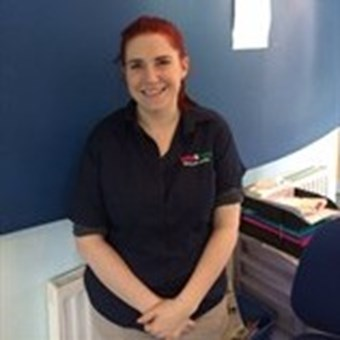 Chloe Daniels Veterinary Surgeon Vets4Pets Mansfield